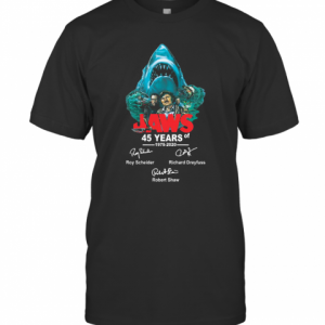 45 years of Jaws 1975 2020 signatures  T-Shirt Classic Men's T-shirt