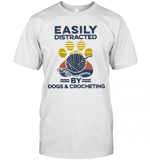 Easily Distracted By Dogs And Crocheting Footprint Vintage Retro T-Shirt Classic Men's T-shirt