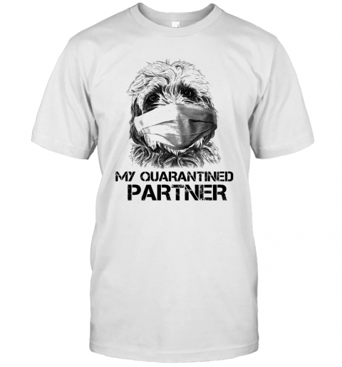 My Quarantine Partner Goldendoodle T-Shirt Classic Men's T-shirt