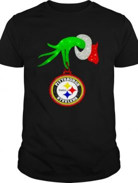 The Grinch hand holding ornament Pittsburgh Steelers Diamond Christmas shirt